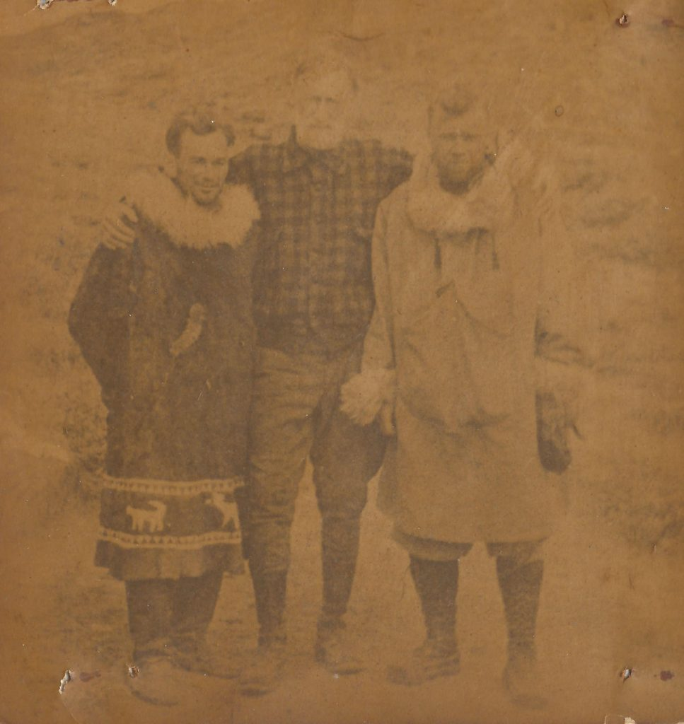 Parker Cramer, William Hobbs och Bert Hassell. Ur Midway Village Museums samlingar, Rockford, Illinois, USA.